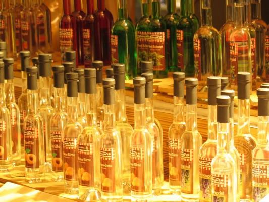 Schnäps von Die Genussstandln Martini in Eisenstadt
