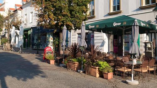 Gastgarten Cafe Mikschi Eisenstadt